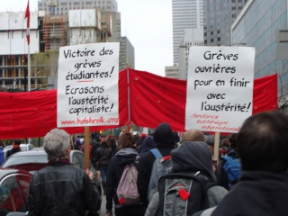 2012: Montréal, premier mai : cortège TBI dans une manifestation organisée par la CLAC /